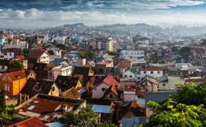 La case de l'Oncle Dom : et si le tourisme devenait réellement humanitaire ?