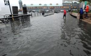 USA : l'ouragan Irene bloque les retours d'un des plus gros week-ends de l'année