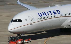 Billets non-binaires et «pride flight» : quand l'aviation se veut LGBT