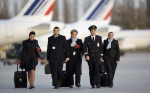 Grève PNC : Air France prévoit d'assurer 80 % de ses vols samedi 29 octobre 2011