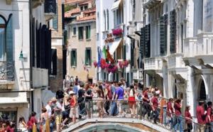 La case de l'Oncle Dom : surtourisme, un sondage qui n'engage que ceux qui y croient !