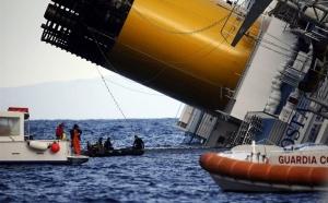 Naufrage du Costa Concordia : la croisière touchée mais pas coulée...