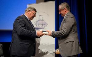 Ponant : Jean-Emmanuel Sauvée reçoit le prix Personnalité maritime de l'année - Manley Bendall