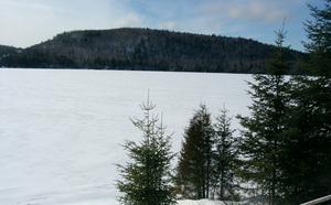 Québec : Quad, motoneige, ski de fond, papouilles... l'hiver au féminin dans les Laurentides !