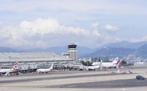 Aéroport Nice Côte d'Azur : les bases Air France et Easyjet boostent l'offre pour l'été 2012