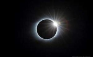Quark Expeditions : deux croisières en Antarctique pour une éclipse solaire totale