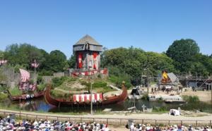 Les parcs d'attractions reportent leur ouverture