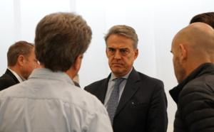 """Alexandre de Juniac (IATA) : """"Messires les Français, tirez les premiers…"""""""