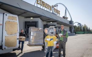 Coronavirus : Europa-Park offre des ponchos à utiliser comme sur-blouses pour les soignants