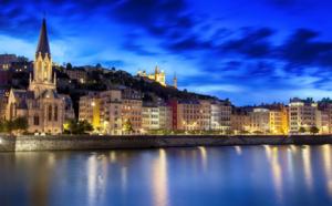 """Auvergne-Rhône-Alpes : l'aventure au plus près de chez soi pour """"Renaître ensemble"""""""