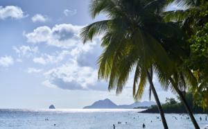 """Podcasts """"Voyagez en France"""": découvrez la Martinique de P. Reine-Adélaide, directeur du bureau France Europe du Comité Martiniquais du Tourisme"""