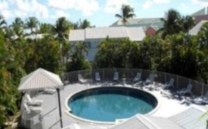 Guadeloupe : le Bwa Chick Hôtel and Golf dispose d'une piscine depuis octobre 2012