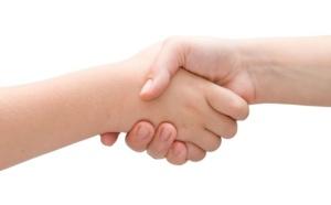 Franchisé, mandataires et affiliés : quel statut choisir et quels avantages espérer ?