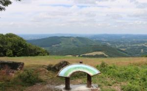 Corrèze : les Monédières, un massif de forêts et de bruyères aux allures de sanctuaire