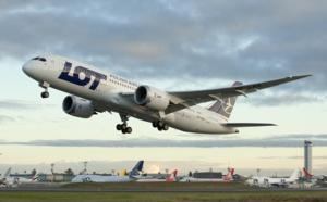 LOT Polish Airlines, au bord de la faillite, veut dégraisser flotte et effectifs