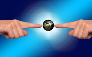 Dans le secteur de l'assurance et dans l'assurance voyage, le courtier est un intermédiaire qui met en lien les clients avec les fournisseurs -DR Pixabay