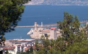 Voyage Marseille : la belle méditerranéenne, best seller de l'été 2021