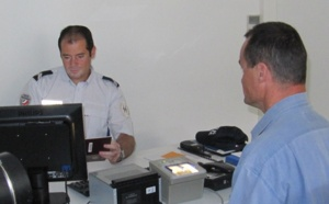 Aéroport : Top 5 des agents de douane les moins sympathiques au monde