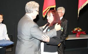 ENAC : Evelyne Berthou et Marc Houalla décorés de la croix de chevalier de l'Ordre National du Mérite