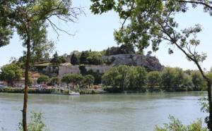 Avignon : l'île de la Barthelasse à deux roues