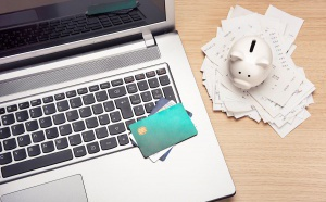 Déplacement professionnel : quelle carte d'entreprise choisir ?