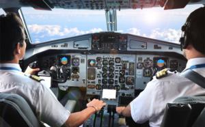 La case de l'Oncle Dom : Y'a-t-il un pilote dans les toilettes de l'avion ?