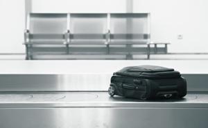 """E-lostbag vous met la """"puce"""" à l'oreille pour éviter de perdre votre bagage..."""