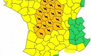 Orages : 29 départements placés en alerte orange par Météo France