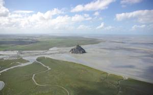 Marée du Siècle : le Mont Saint-Michel se prépare à une marée humaine