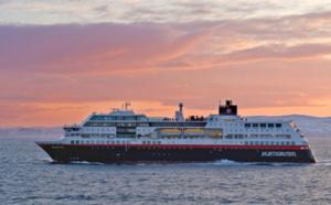 Antarctique : Hurtigruten triple ses capacités pour la saison 2016/2017