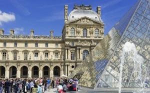 """Paris : un été 2015 """"positif"""" pour l'Office du Tourisme"""