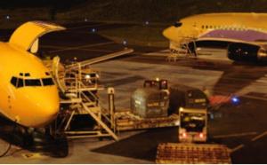 ASL Airlines France renouvelle son contrat avec le groupe La Poste