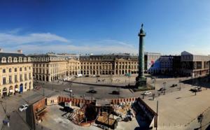 Paris : la toiture du Ritz détruite par un incendie