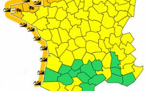 Vents et vagues : 16 départements français en vigilance orange