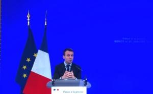 Emmanuel Macron au chevet des professionnels du tourisme