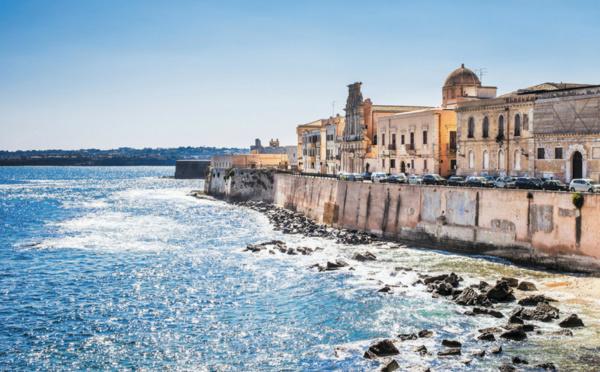1er journal des professionnels du tourisme francophone - Office de tourisme sicile ...