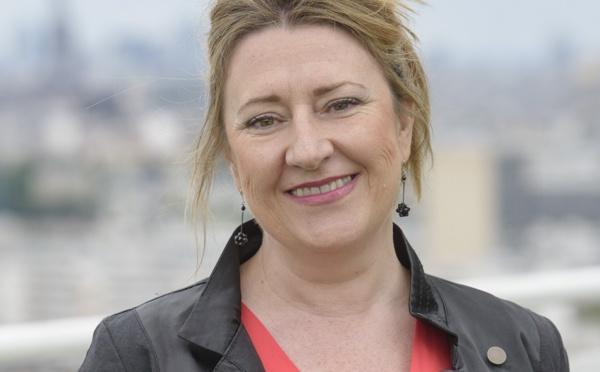 Fédération Int. des Logis : Krystel Blondeau nommée Chevalier dans l'Ordre National du Mérite