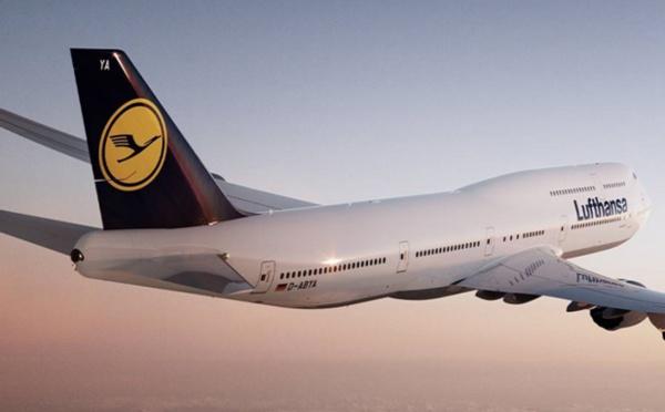 La case de l'Oncle Dom : Lufthansa, plus droite dans ses bottes, tu meurs…