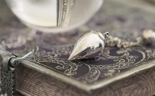 La Case de l'Oncle Dom : Tarifs aériens, Amadeus regarde dans sa boule de cristal...