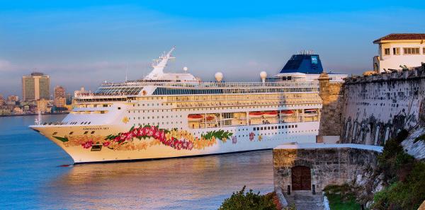 Cuba : Norwegian Cruise Line débarque pour la première fois à La Havane