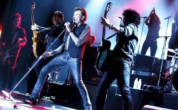 Johnny Hallyday : l'hommage des pros du tourisme à l'idole des jeunes (Vidéo)