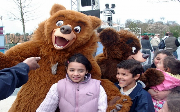 I. Disneyland Paris : 2000 postes à pouvoir entre mars et septembre