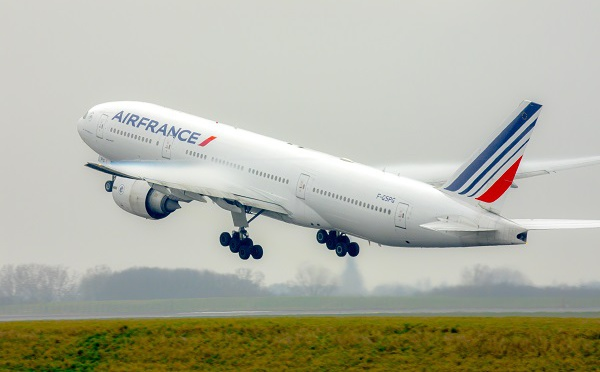 La case de l'Oncle Dom : Air France : prérogatives ? Vous avez dit prérogatives ?