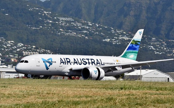 Cyclone Berguitta : les compagnies aériennes adaptent leur programme de vols