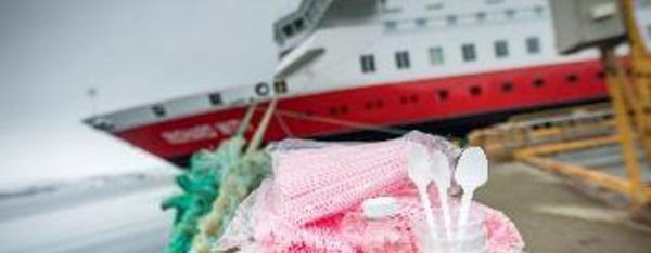 Hurtigruten bannit les objets en plastique de ses navires