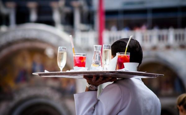 Emploi des jeunes : ce que vous devez savoir sur les jobs d'été