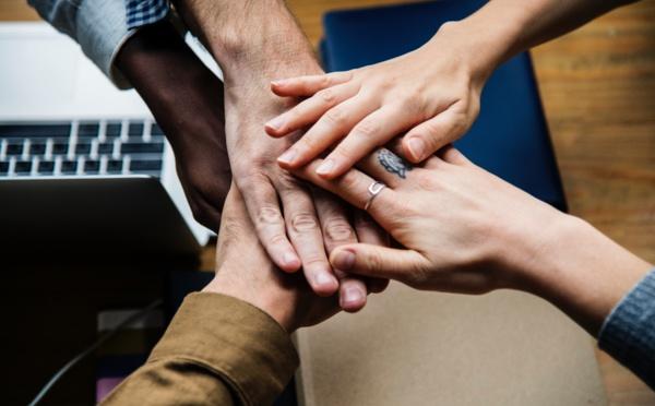 Expérience collaborateur : quels sont les enjeux du parcours d'intégration dans l'entreprise ?