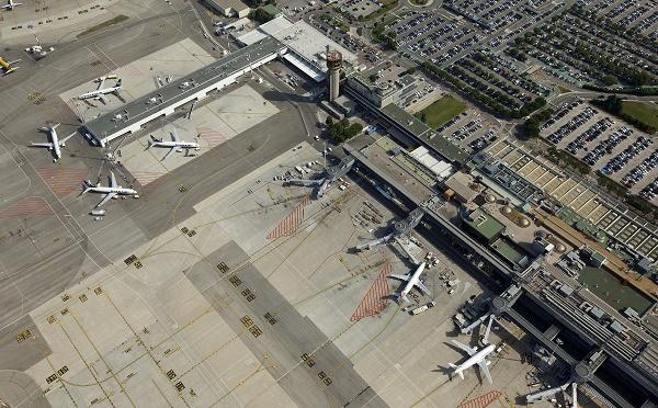 "Marseille - Provence : les ""gilets jaunes"" perturbent l'accès de l'aéroport"