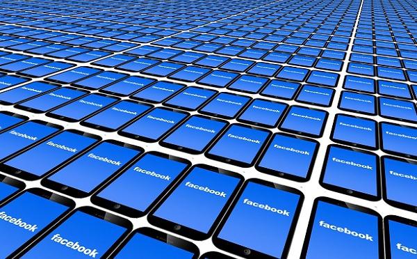 """Réseaux sociaux : allons-nous vers la fin du """"mur"""" Facebook ?"""