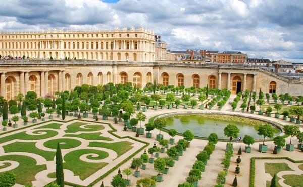 La case de l'Oncle Dom : Atout France ? La vie de château avec la paye du garde-chasse !